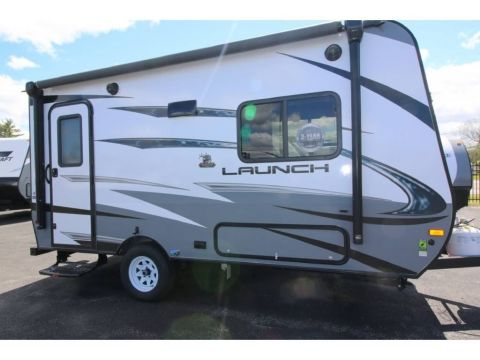 New 2018 Starcraft LAUNCH OUTFITTER 7 16RB HYBRID  2974