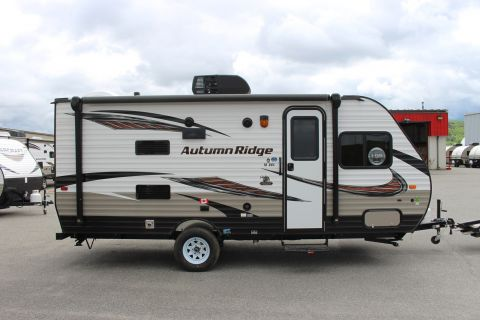 New 2018 Starcraft AUTUMN RIDGE OUTFITTER 18BHS  3360