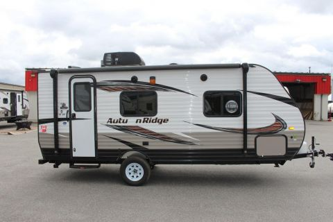 New 2018 Starcraft Autumn Ridge OUTFITTER 18QB  3071