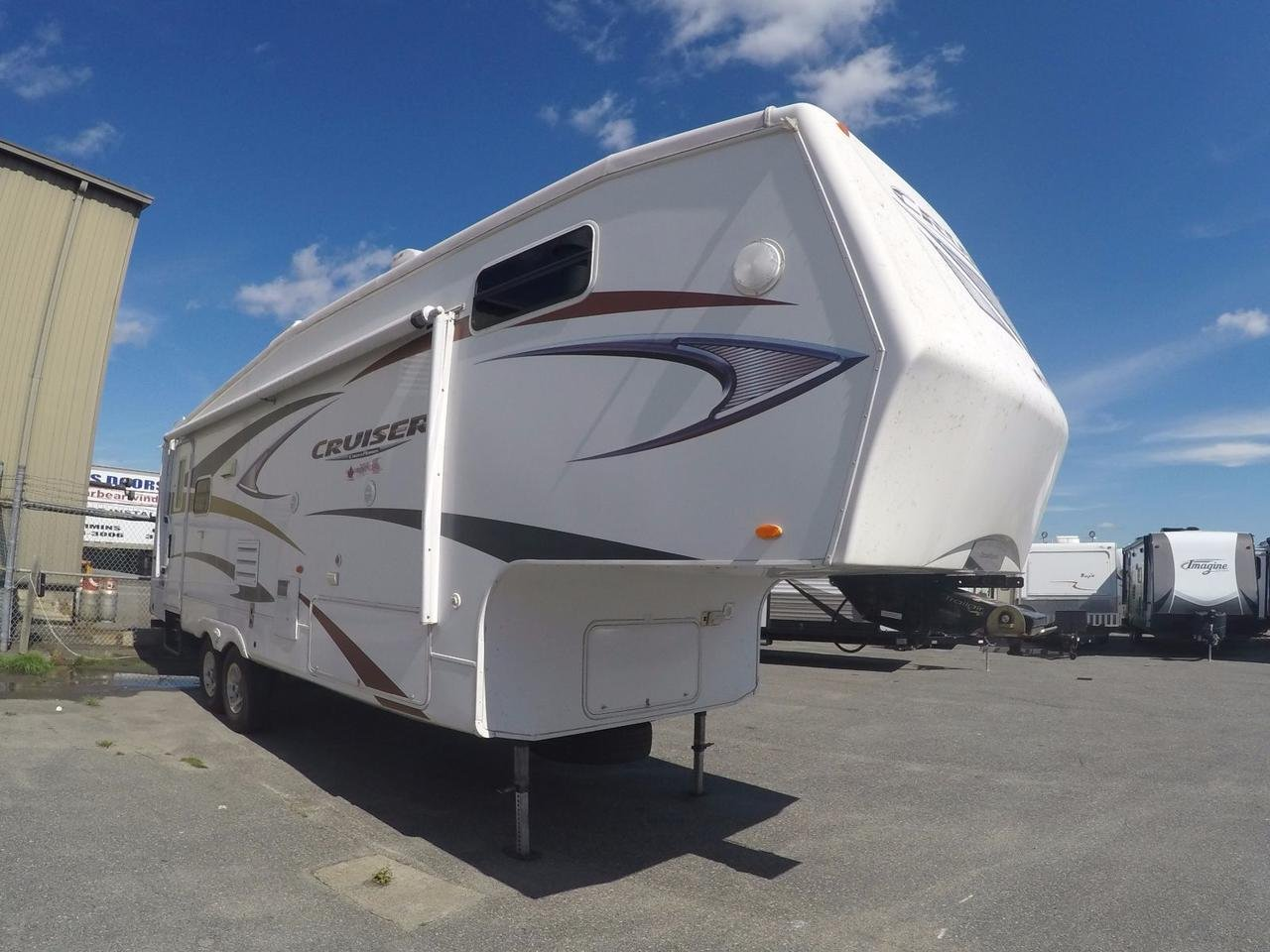 Pre-Owned 2010 Crossroads Cruiser 28RL