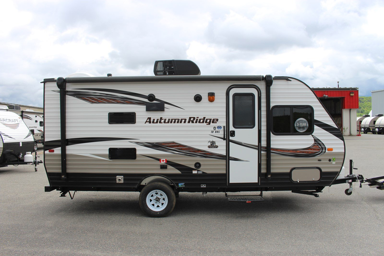 New 2018 Starcraft AUTUMN RIDGE OUTFITTER 18BHS