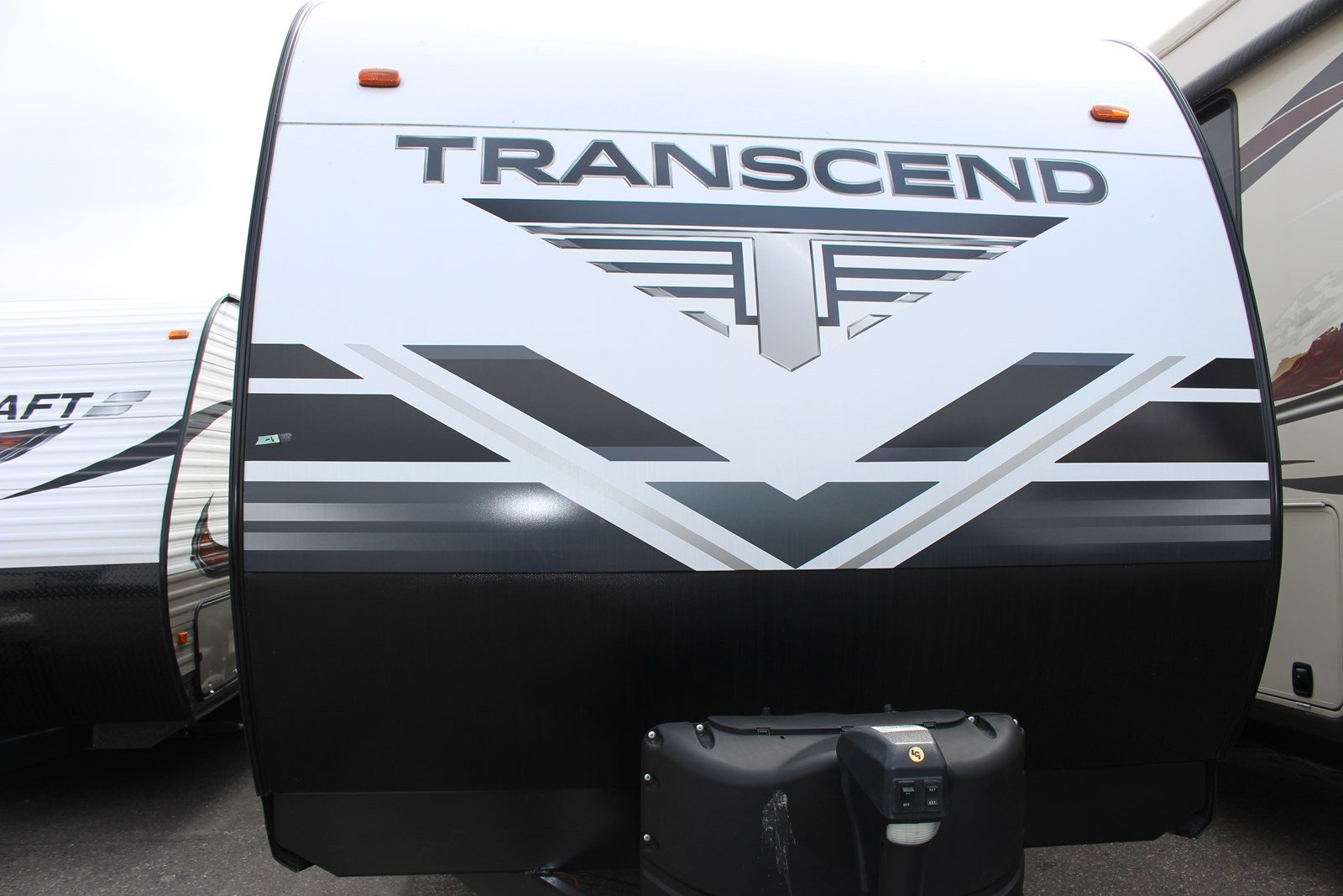 New 2019 GRAND DESIGN TRANSCEND 28MKS